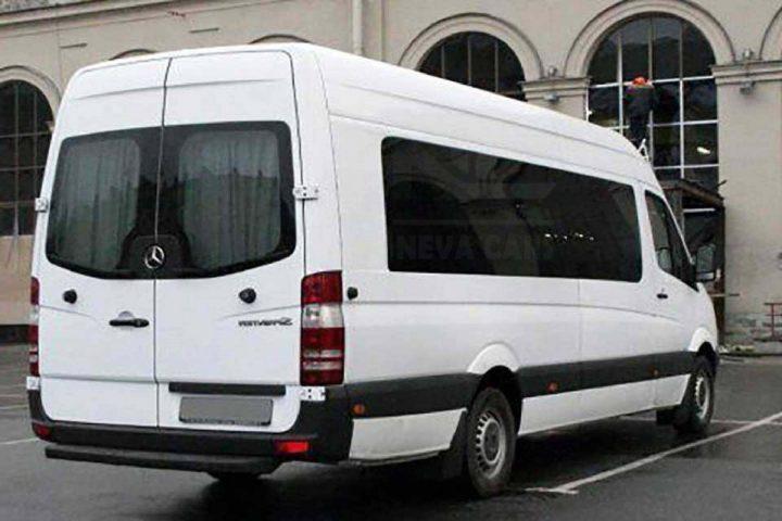 Заказ микроавтобуса Mercedes с водителем в Санкт-Петербурге | Neva Cars