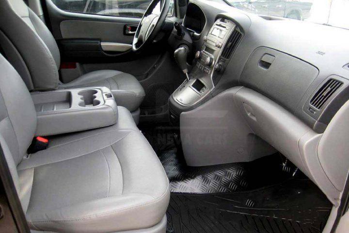Аренда минивэна Hyundai Starex с водителем в Питере   Neva Cars
