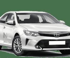 Аренда белой Toyota Camry водителем | Neva Cars