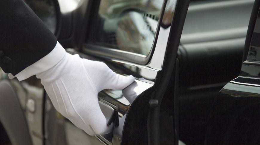 заказ автомобиля с водителем